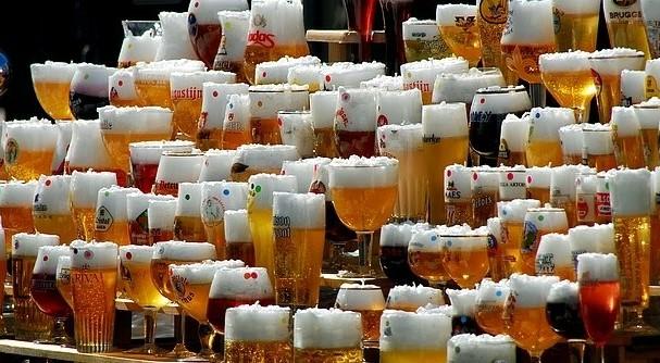 Drinken: Verrassings Bierpakket (12 stuks)