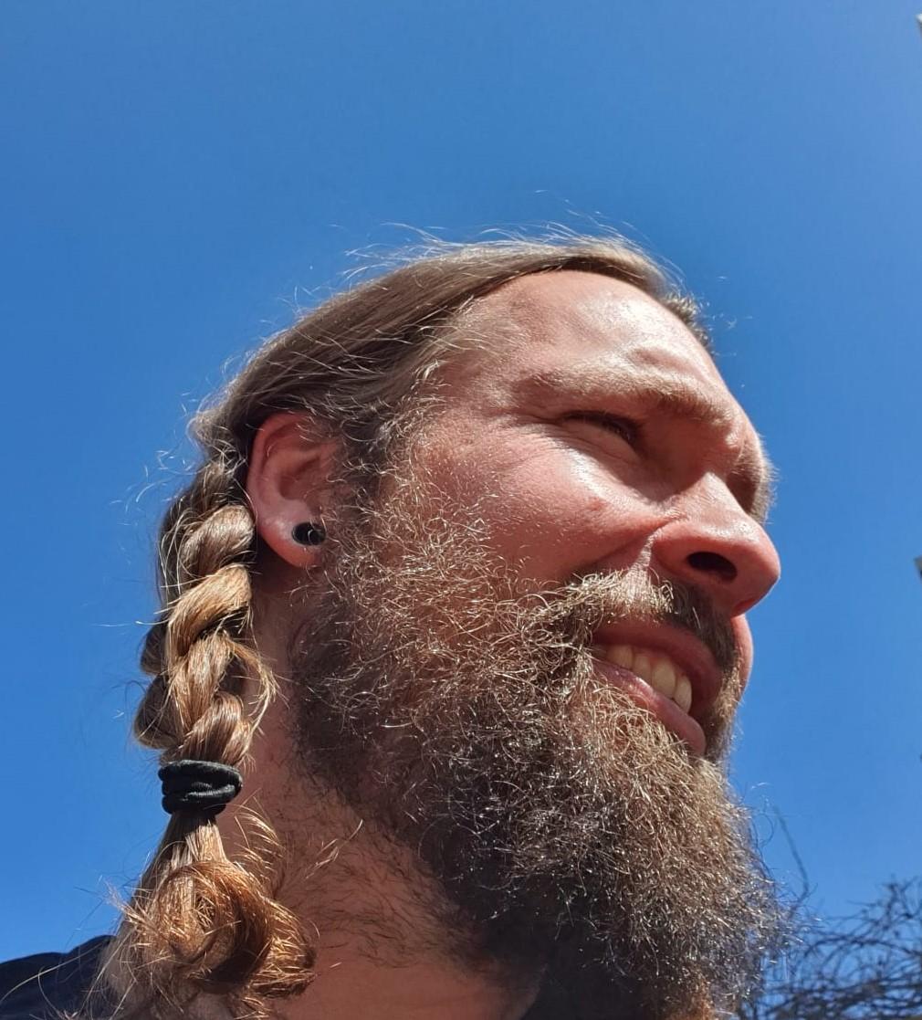 Sjoerd: De baard eraf!